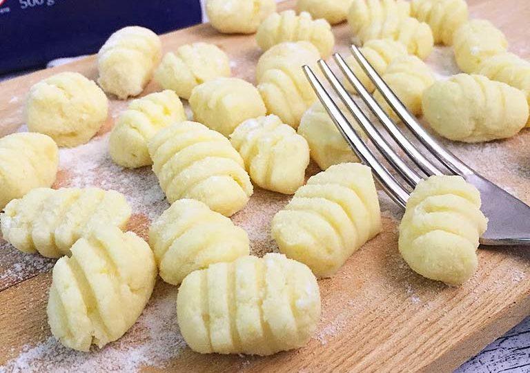 Ricetta Per Fare Gnocchi Con Patate.Gnocchi Di Patate Senza Glutine Ricette Fornelli