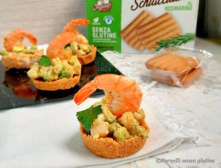 Cestini-con-gamberi-e-avocado-senza-cottura